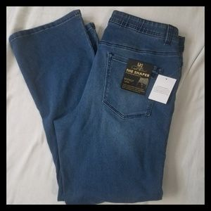DG2 16PW Shaper Bootcut Jeans